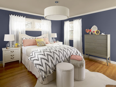 Walls in Evening Dove by Benjamin Moore