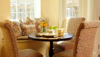 POPULAR: Top 5 Tips For Reclaiming Your Living Room